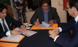 Sottoscritto l'accordo Comune, Ente Nazionale per il Microcredito