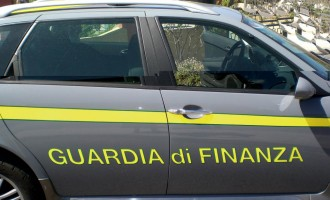 "Ingente sequestro di capi ""griffati"" a Tarquinia Lido"