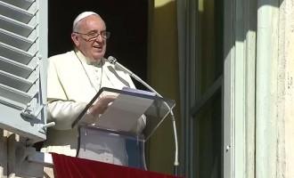 """Papa Francesco ai fedeli: """"non esiste missione cristiana all'insegna della tranquillità"""""""