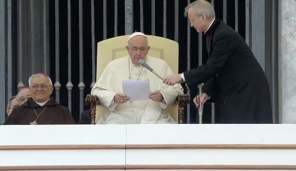 Papa Francesco lancia un appello in favore dei cristiani perseguitati