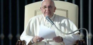 Papa Francesco tra Cesena e Bologna: ai migranti, 'siete lottatori di speranza'