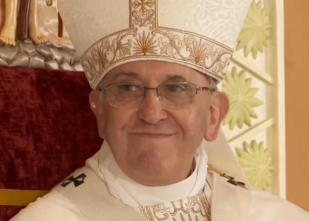 """Papa Francesco in Egitto: """"ripudiare la violenza per costruire la civiltà"""""""