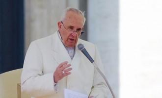 Papa Francesco incontra Cl e ricorda don Giussani, 'respingere il compiacimento autoreferenziale'