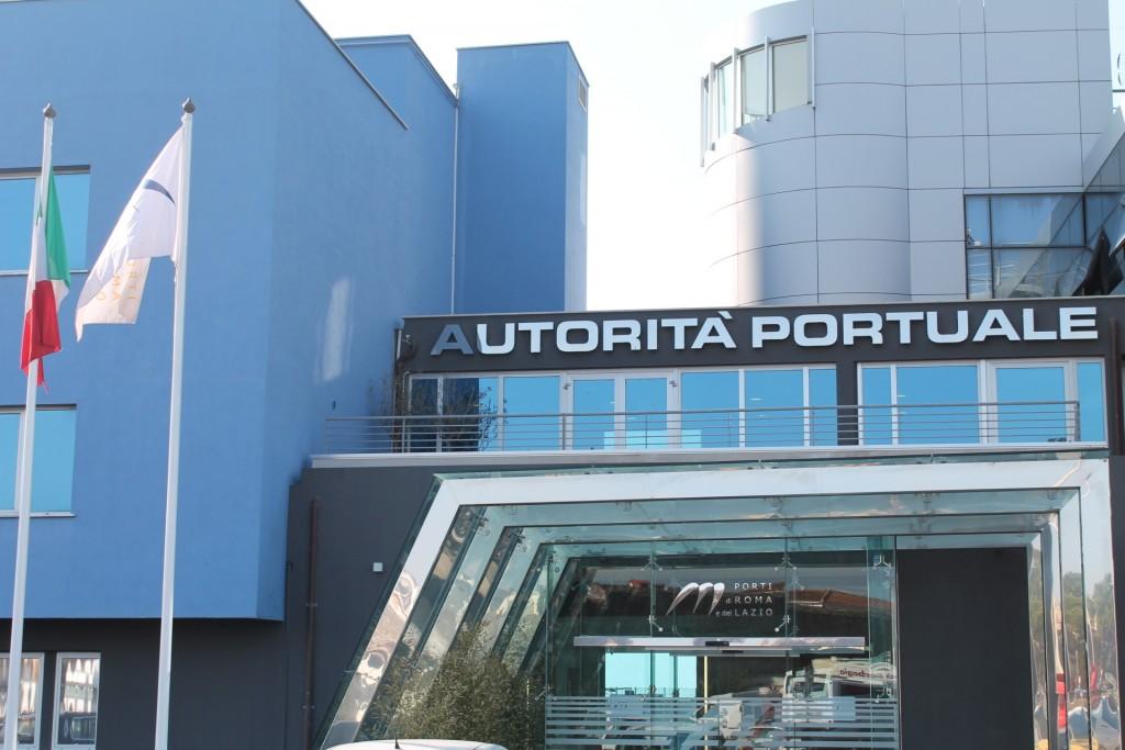 Presente e futuro del porto, condivisione tra Presidente dell'Authority e Cgil Cisl Uil