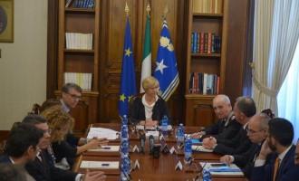 Eurispes: cresce la fiducia degli italiani nella difesa