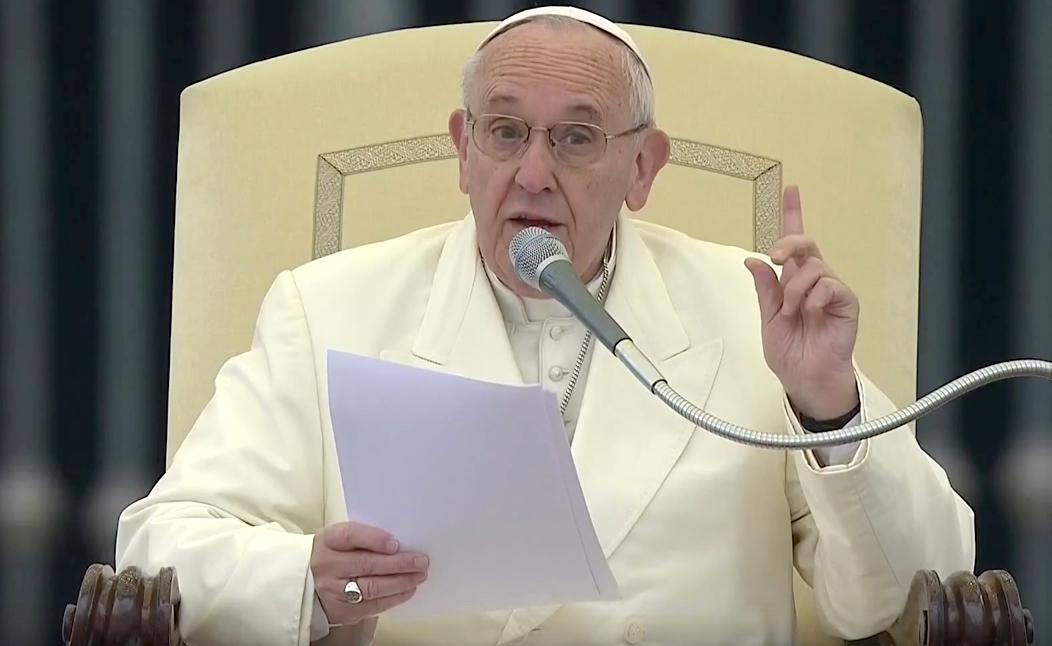 """Papa Francesco ai giovani canadesi: """"non innalzate muri di divisione, costruite ponti"""""""