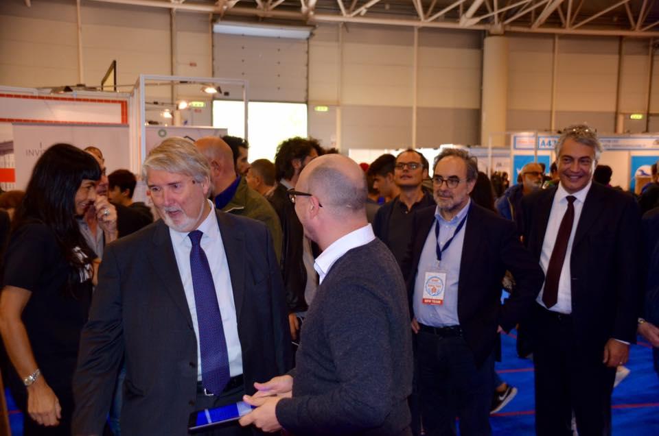 Maker Faire Roma, Skylab Studios presenta i quadri parlanti al ministro Poletti