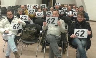 Cerveteri , blitz di manifestanti al primo consiglio comunale dell'anno