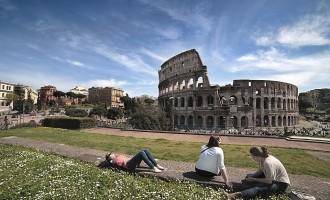 Turismo, record Roma: oltre 1 milione di arrivi ad agosto 2018