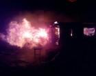 Civitavecchia: capannone in fiamme
