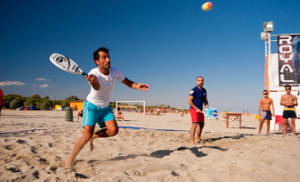 Al Tirreno il tempio del beach tennis