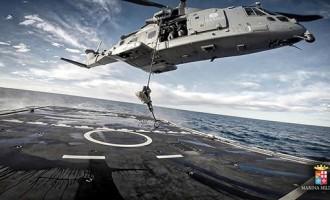 Giornata della Marina Militare Civitavecchia si tinge di verde bianco e rosso