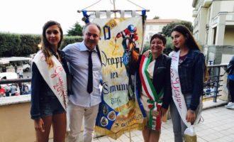 """Drappo dei Comuni vince Santa Marinella a Esmeralda Popovici lo scettro di miss """"Drappo 2017"""""""