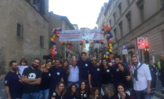"""Tarquinia, grande successo per la manifestazione """"Io Pittore per Caso #CartoonEdition"""""""