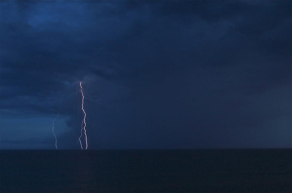 Allerta meteo, pioggia e vento forte nei prossimi giorni