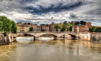 A Roma il turismo continua a crescere nel periodo estivo con il più 3% di arrivi e presenze