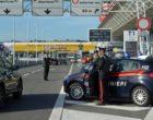"""Fiumicino, controlli dei Carabinieri nell'aeroporto """"Leonardo da Vinci"""""""