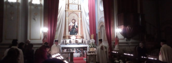 Al via a Civitavecchia le celebrazioni pasquali con la visita ai Sepolcri (le immagini)