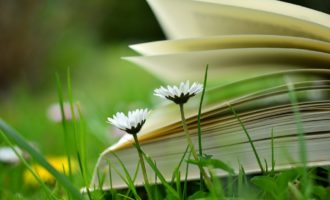 """""""Leggere per crescere"""" alla biblioteca di Tarquinia letture ad alta voce per bambini"""