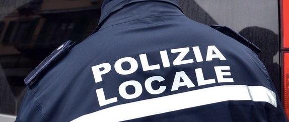 Civitavecchia, la Polizia Locale interviene a causa di un ingente sversamento di gasolio