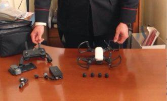 """Roma, turisti fanno volare droni sulla """"no-fly-zone"""" della capitale"""