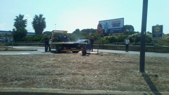 Civitavecchia, grave incidente in via Terme di Traiano coinvolte una moto ed un'auto ragazzo trasportato a Roma in eliambulanza