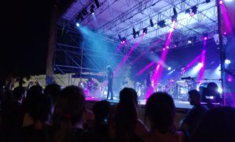 Alla Marina di Civitavecchia Motta incanta il pubblico con la sua musica