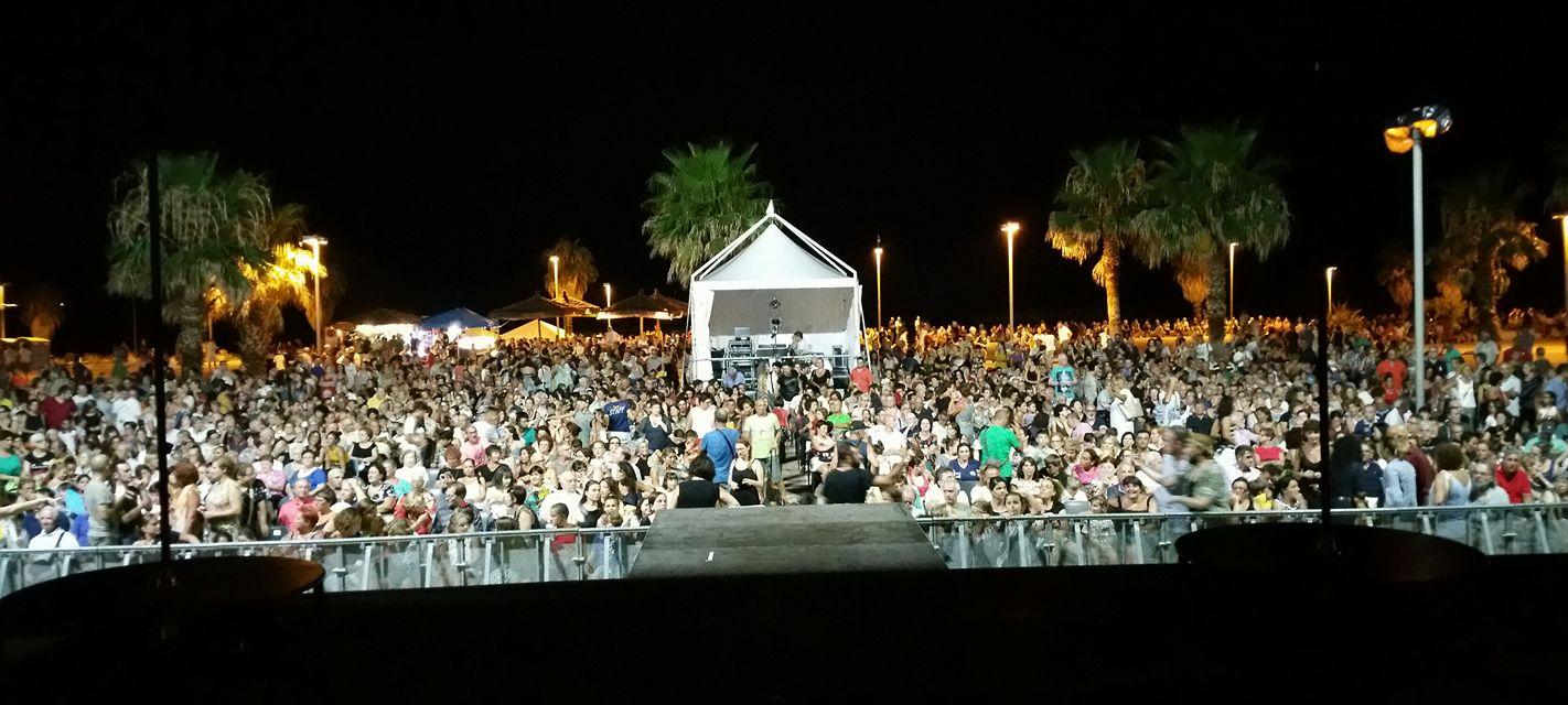 Las Farfadais oltre tremila persone alla Marina di Civitavecchia