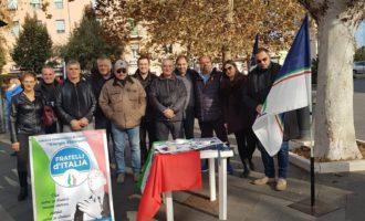 FdI Civitavecchia, successo per la raccolta firme contro il Global Compact dell'ONU