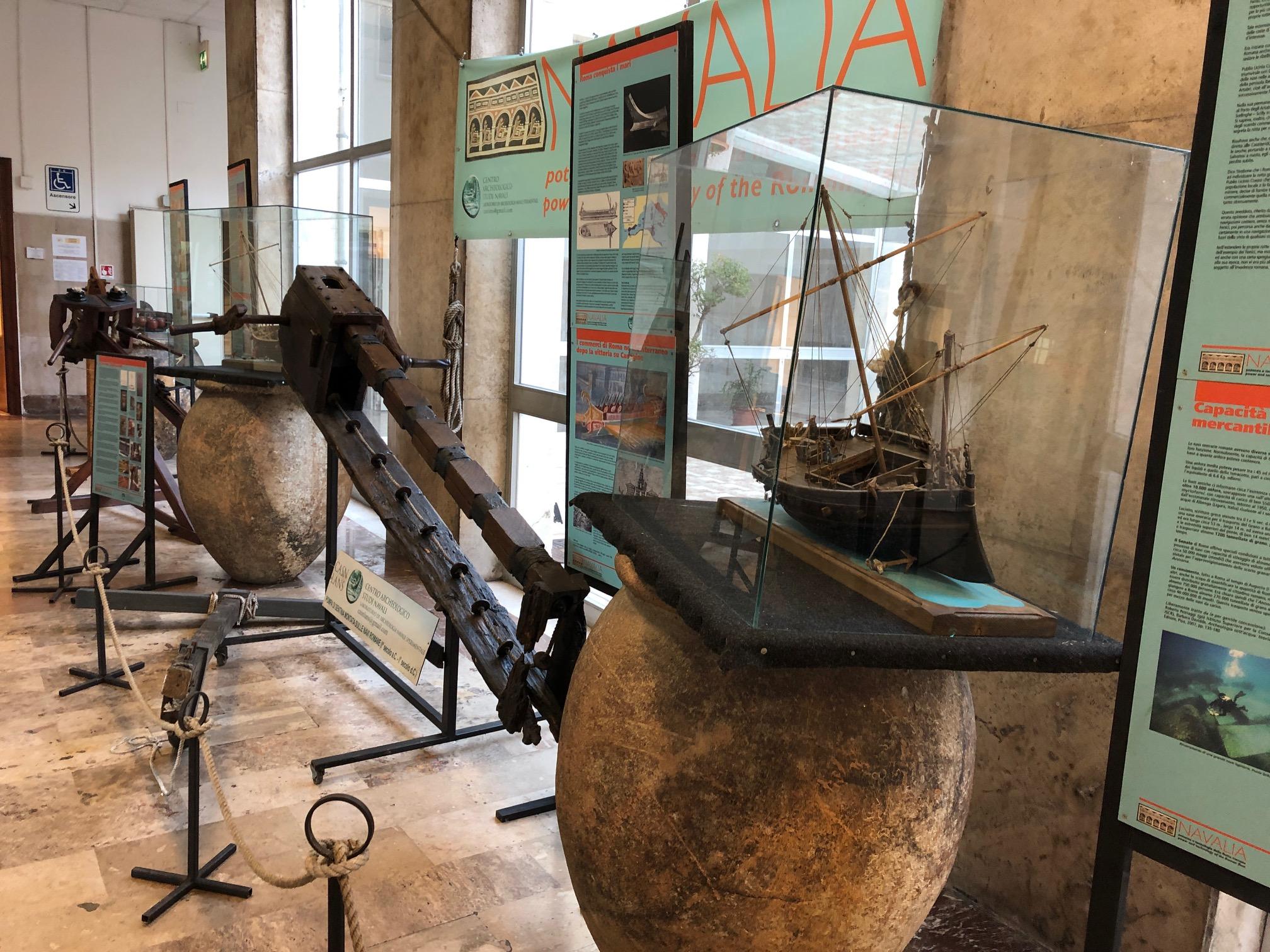 """La Capitaneria di Porto di Civitavecchia ospita una parte della mostra """"Navalia"""""""