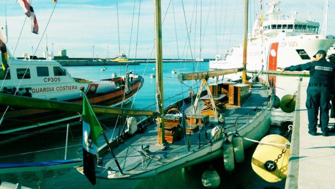 La straordinaria storia della Konigin II imbarcazione sottratta alla criminalità ed adottata dal porto di Civitavecchia