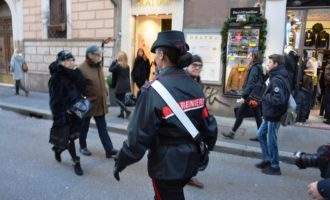 """Operazione """"Natale sicuro"""" dei Carabinieri 110 arrestati 47 persone denunciate 1 quintale di droga sequestrato"""