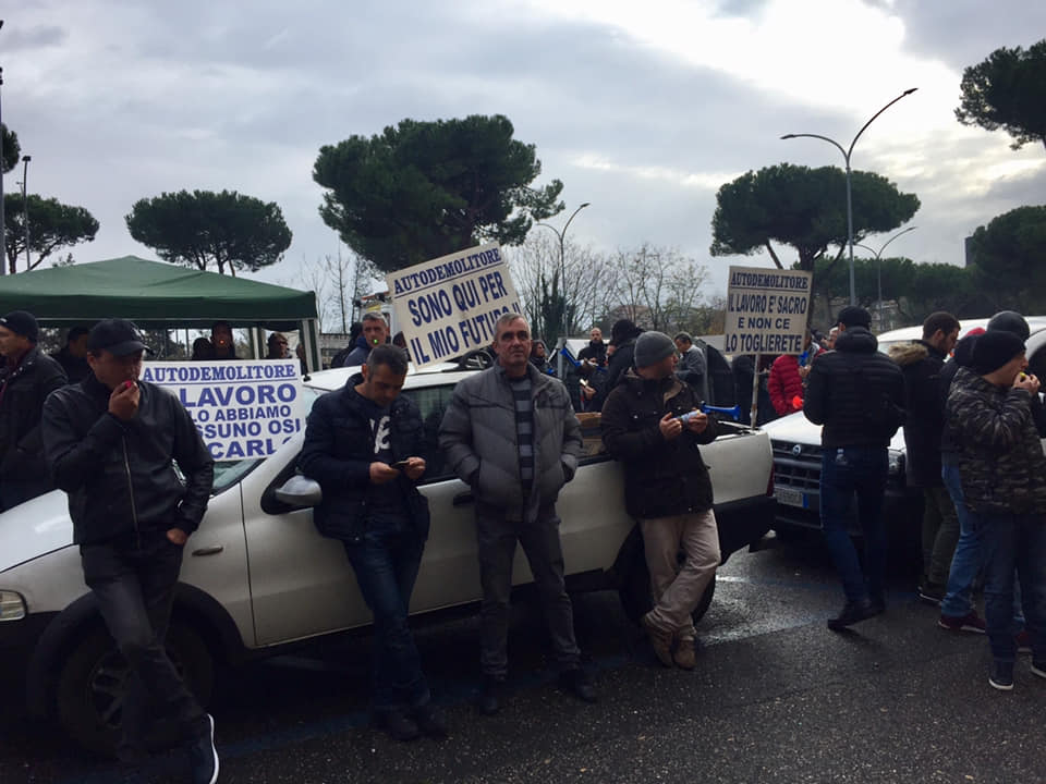 """Roma, Massaro (FI): """"Autodemolizione e rottamazione servizi di pubblica utilità"""""""
