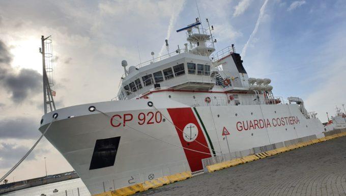 """Al porto di Civitavecchia presentata l'operazione """"Confine illegale"""" a tutela dei consumatori"""