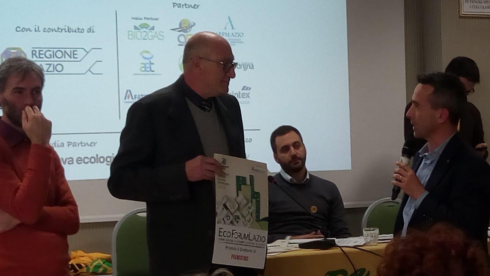 """Fiumicino premiato come uno dei migliori """"Comuni ricicloni"""" del Lazio"""