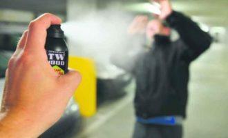 Appello ai Sindaci del Lazio di vietare la vendita dello spray al peperoncino per le feste