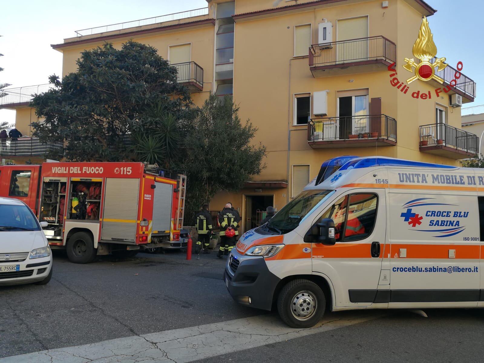Ladispoli, incendio ad un appartamento