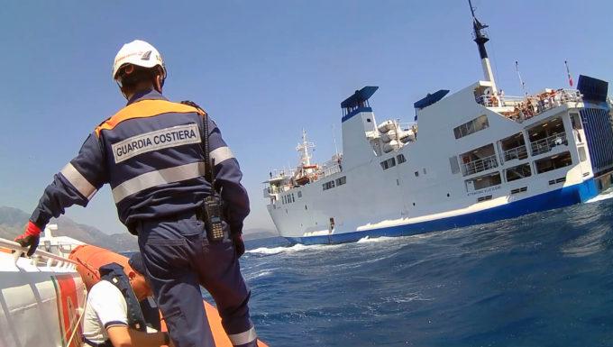 Guardia Costiera, un 2019 all'insegna della sicurezza controlli su traghetti e navi da crociera