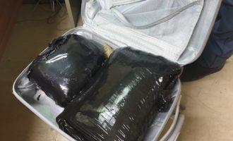 Arrestate dalla Polizia di Stato due straniere di 20 e 22 anni con 5 kg. e 600 grammi di marijuana