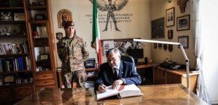 Il Sottosegretario di Stato alla Difesa Raffaele Volpi ha incontrato i paracadutisti della Folgore