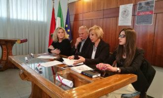 """8 marzo: il Comune di Fiumicino distribuirà la """"Carta dei diritti della bambina"""" in tutte le sue scuole"""