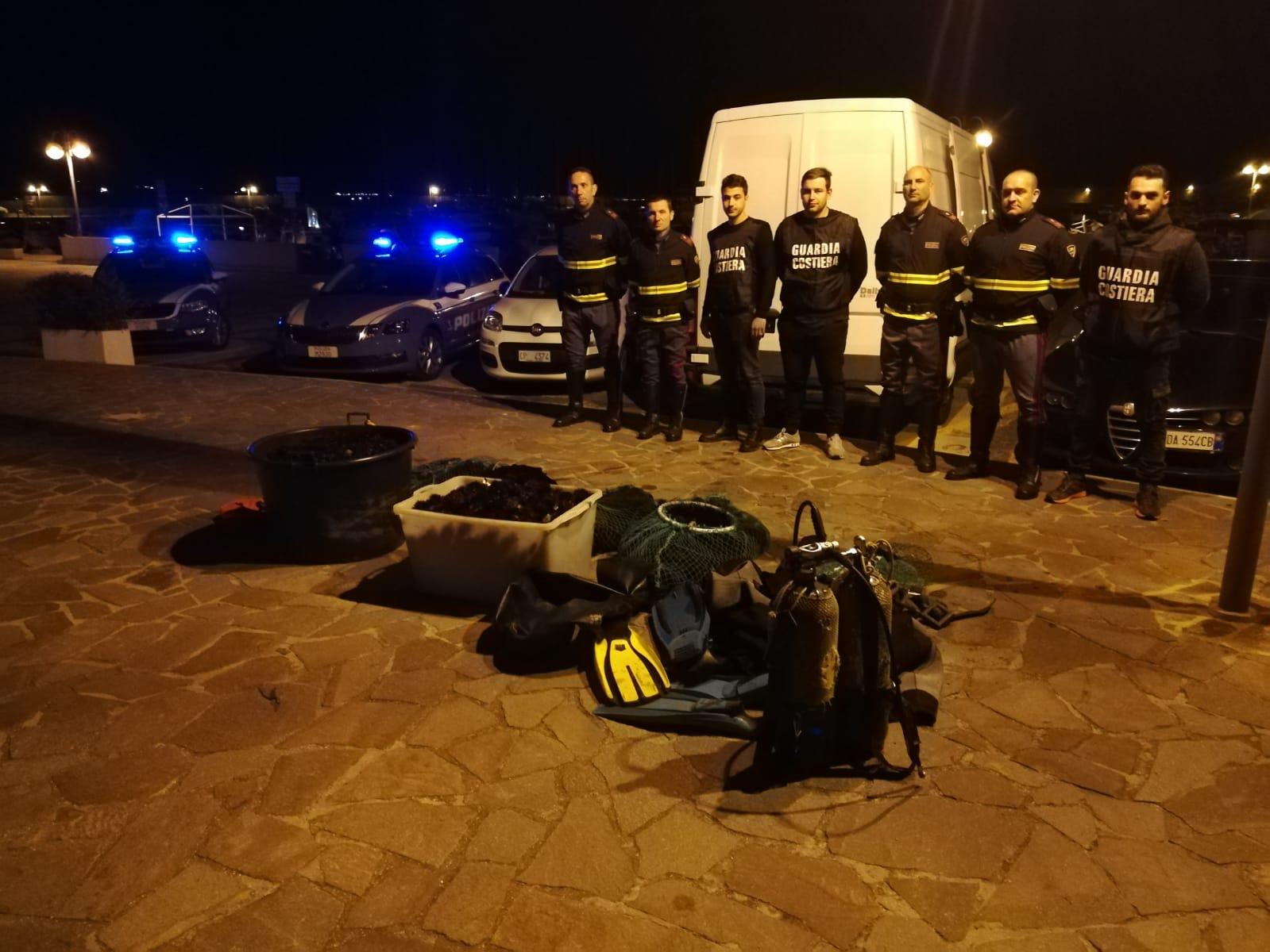 Inseguimento in autostrada: la Guardia Costiera di Civitavecchia e la Polizia Stradale mettono a segno un maxi sequestro di ricci di mare