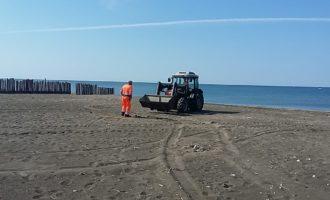 Campo di Mare, spiagge pulite per il maxi ponte di Pasqua