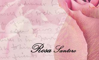 """In libreria con Rosa Santoro che abbraccia letteralmente Emma Hamilton in speciale """"Poesie d'amore"""""""