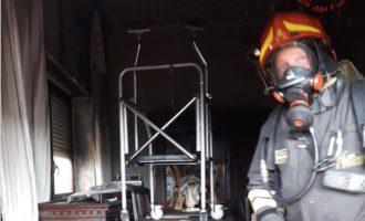 Santa Marinella, appartamento in fiamme