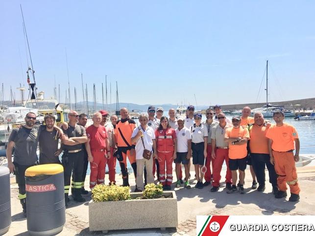 Complessa esercitazione antincendio nel porto di Santa Marinella