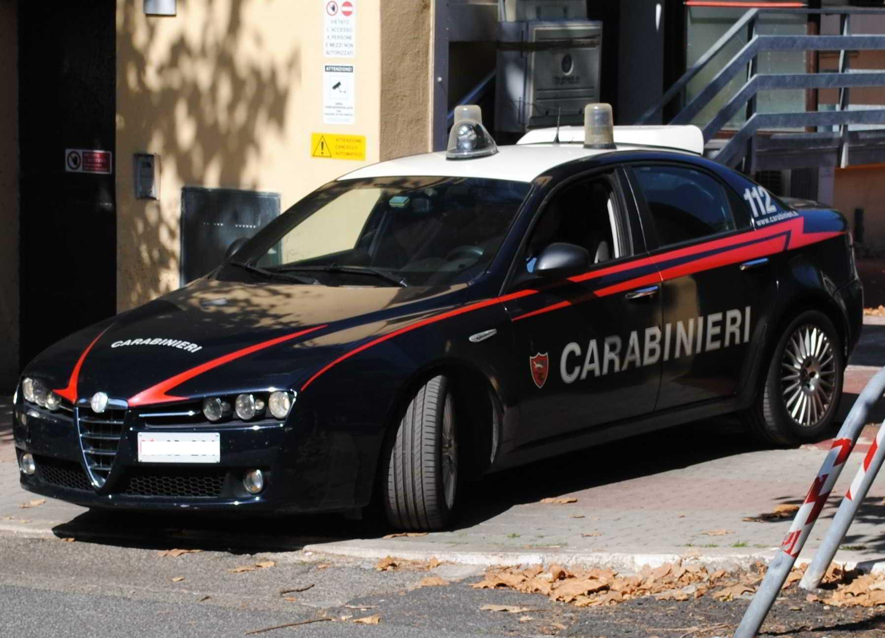 Civitavecchia, rapinano un mini market in 3 arrestati dai Carabinieri
