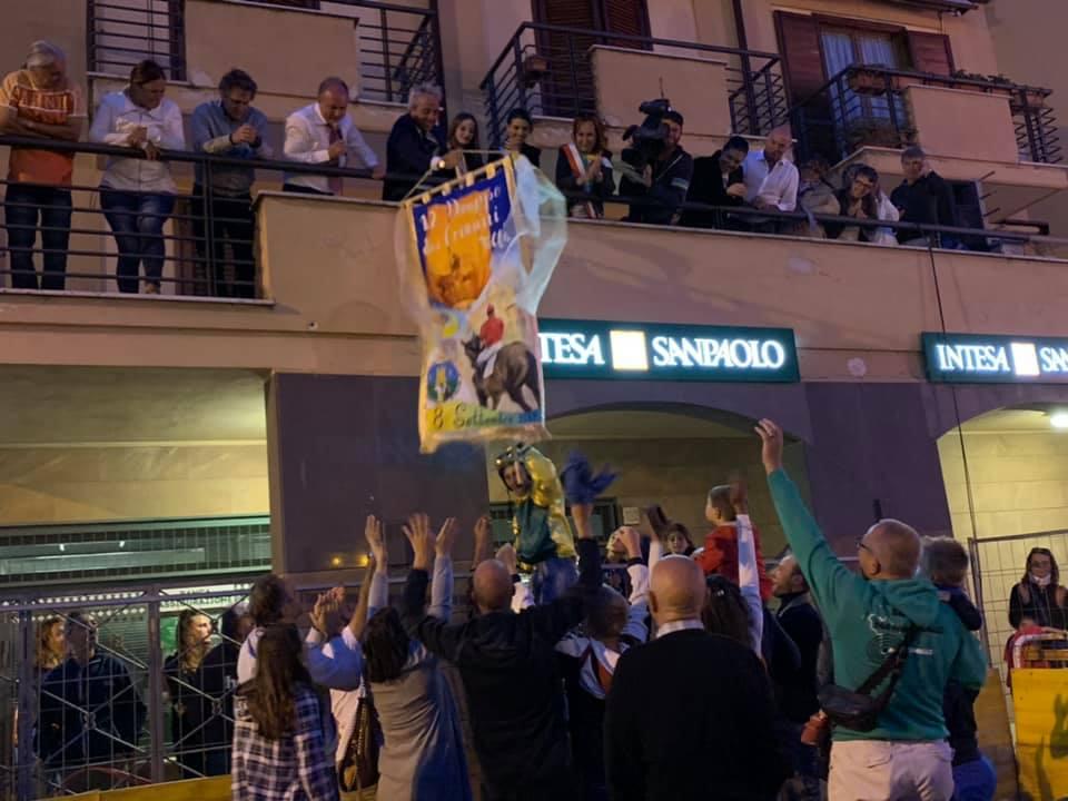 Tolfa, successo strepitoso per il drappo dei comuni 2019 la vittoria a Manziana
