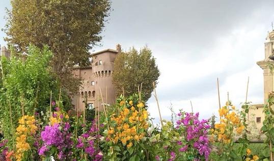 Santa Severa: successo di pubblico per il fine settimana tra visite guidate, laboratori e terme in fiore