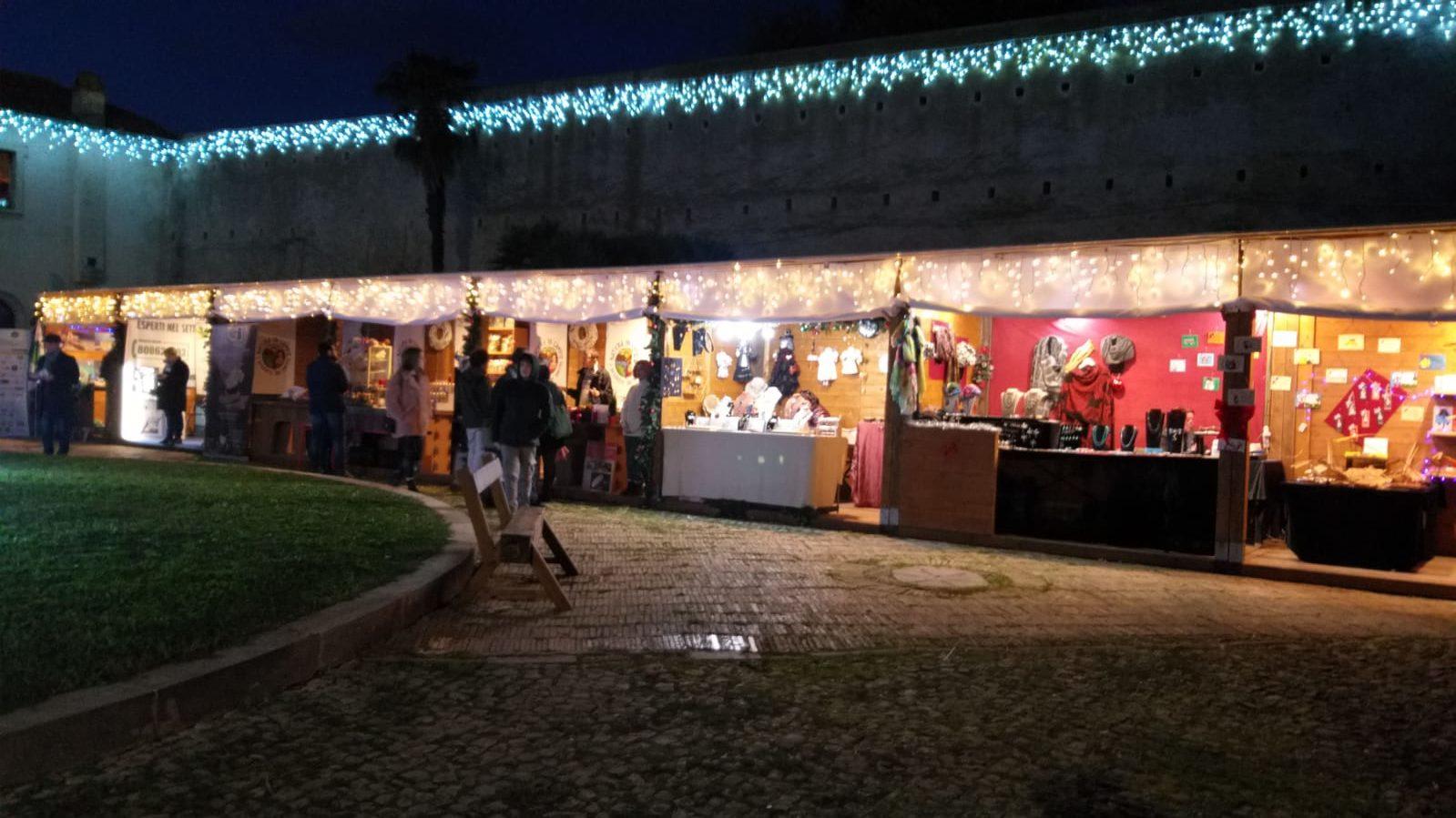 Al Castello di Santa Severa  con il marchio Natura in campo presente l'Olio di Notte